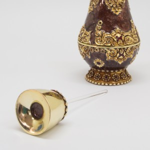 Jnana Curtain Perfume Bottle